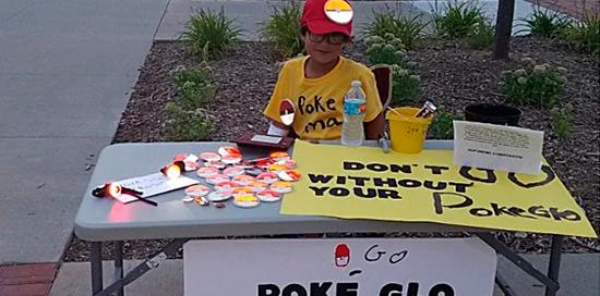 Até mesmo crianças estão aproveitando a onda e fazendo dinheiro com Pokémon GO!