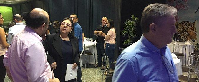 Ao final da palestra, houve um momento de networking entre os participantes.